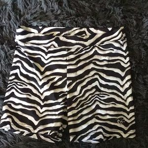 NWOT Justice girls shorts